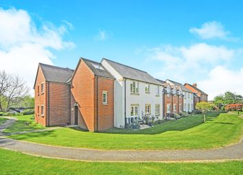 Thumbnail 1 bed flat for sale in Swan Lane, Faringdon