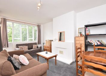 3 bed flat to rent in Nightingale Lane, London SW12