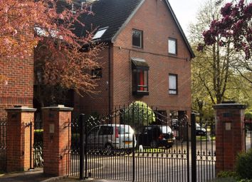 Thumbnail Studio to rent in The Oaks, Moormede Crescent, Staines Upon Thames