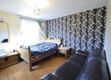 Thumbnail 5 bed shared accommodation to rent in Victorian Grove, Stoke Newington, Hackney, London
