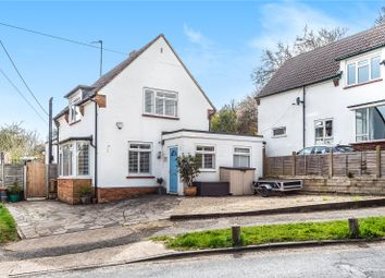Greenway, Chesham, Bucks HP5. 3 bed detached house for sale