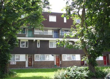 3 bed flat for sale in West Green Road, London N15