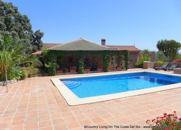 Thumbnail 6 bed country house for sale in Spain, Málaga, Alhaurín El Grande