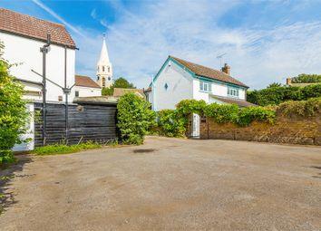 Thumbnail 2 bed flat to rent in Horton Road, Datchet, Berkshire