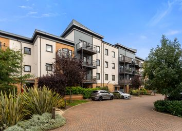 Thumbnail 3 bed flat for sale in Shingly Place, London