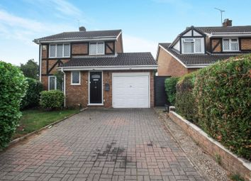 3 bed detached house for sale in Swan Mead, Luton LU4