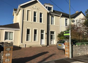 Thumbnail 1 bed flat to rent in Shirburn Road, Torquay
