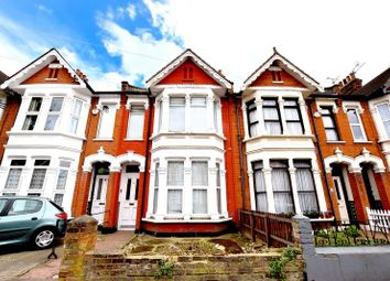 Thumbnail Room to rent in Wimborne Road, Southend-On-Sea