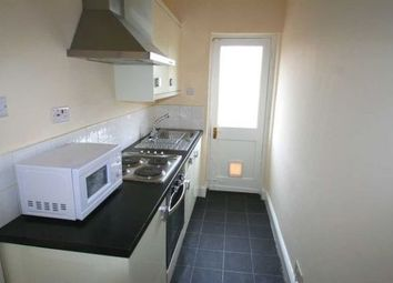 1 bed flat to rent in High Road, North Finchley N12
