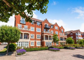 Thumbnail 2 bedroom flat to rent in Darley Road, Eastbourne