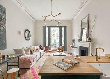 Thumbnail 1 bedroom flat for sale in Queen's Gardens, London