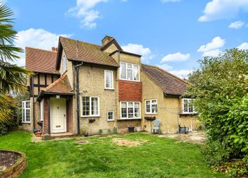 Thumbnail 3 bed detached house for sale in Hemel Hempstead, Hertfordshire