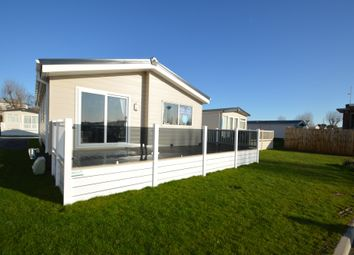 2 bed mobile/park home for sale in Felixstowe Beach Holiday Park, Walton Avenue, Felixstowe, Suffolk IP11