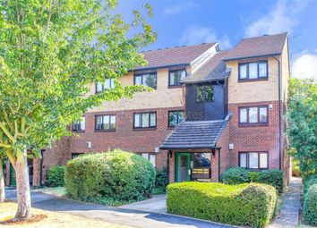 Thumbnail 2 bedroom flat for sale in Alders Close, Wanstead, Lodnon