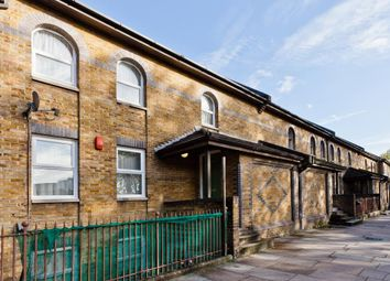 Thumbnail 4 bed property for sale in New North Road, Islington
