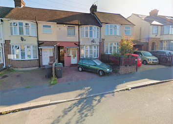 Thumbnail 3 bedroom detached house to rent in Beechwood Road, Luton