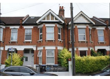 Thumbnail 4 bed flat to rent in Temple Road, London