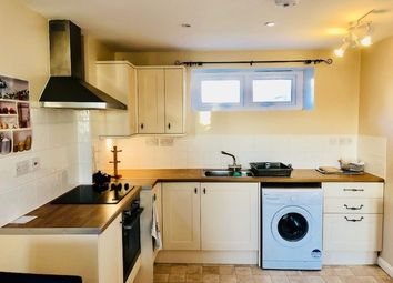 Thumbnail 1 bed flat to rent in London Road, Croydon