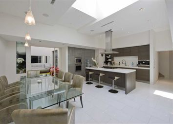 Thumbnail 4 bedroom flat for sale in Avenue Road, St Johns Wood, London
