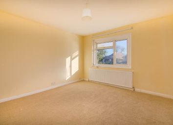 Thumbnail Room to rent in Saxon Drive, West Acton, London