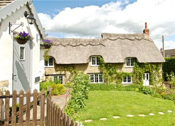 Thumbnail Cottage for sale in Grafton Road, Towcester, Northamptonshire