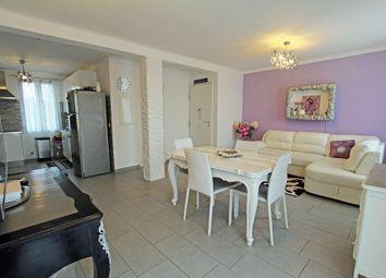 Thumbnail 2 bed apartment for sale in Port Cogolin, Cogolin, Grimaud, Draguignan, Var, Provence-Alpes-Côte D'azur, France