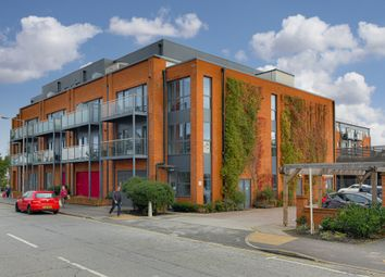 Thumbnail 1 bed flat for sale in Red Lion Road, Surbiton