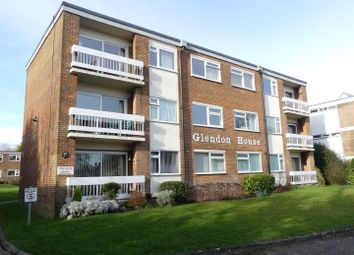 Thumbnail 2 bed flat for sale in Brighton Road, Crawley