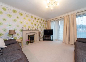 Thumbnail 3 bed flat for sale in Melton Court, Oakwell Close, Dunstable