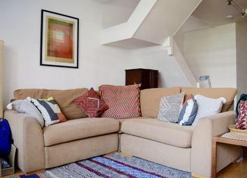 3 bed maisonette to rent in Cullum Welch Court, Haberdasher Street, London N1