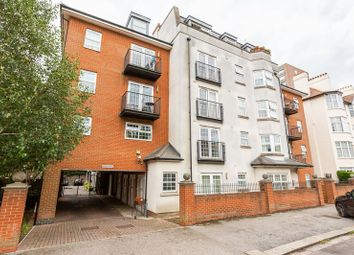 Thumbnail 2 bed flat for sale in Ravens Court, Alexandra Road, Southend-On-Sea