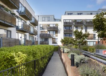 Thumbnail 3 bed flat for sale in Southdown House, Somerhill Avenue, Hove