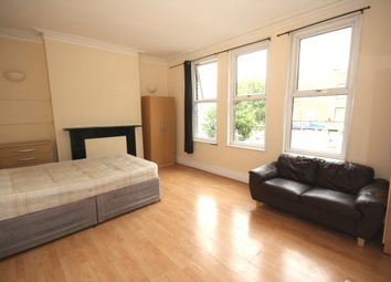 Thumbnail Studio to rent in Old Kent Road, London