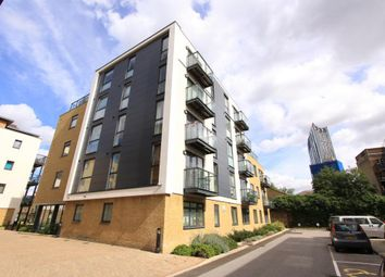 Thumbnail 2 bedroom flat to rent in George Mathers Road, Kennington, London