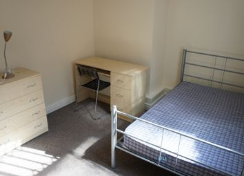 Thumbnail 3 bed flat to rent in Foxhall Road, Forest Fields, Nottingham