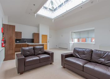 2 bed flat to rent in Cathedral Road, Pontcanna, Cardiff CF11