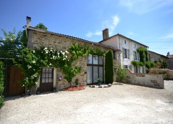 Thumbnail 12 bed farmhouse for sale in 16310 Montemboeuf, Confolens, Charente, Poitou-Charentes, France