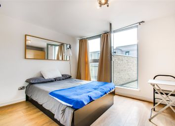 Thumbnail Studio to rent in Gateway House, 2A Balham Hill, London