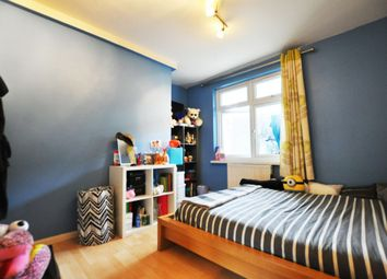 Thumbnail 2 bedroom flat to rent in Falstaff House, Regan Way, Old Street / Hoxton