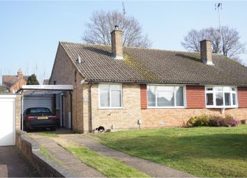 Thumbnail 2 bed bungalow to rent in Sewell Avenue, Wokingham