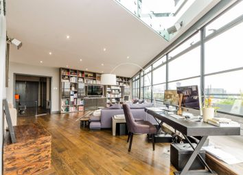 Thumbnail 3 bed flat to rent in Exchange Building, Spitalfields, London