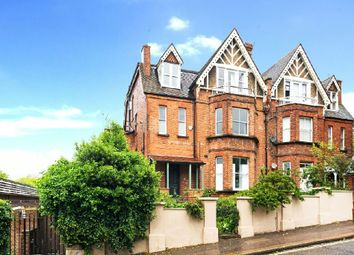 Thumbnail 2 bedroom flat for sale in Arkwright Road, Hampstead