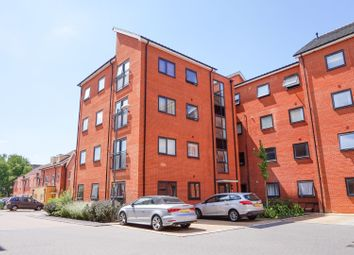 2 bed flat for sale in Boldison Close, Aylesbury HP19