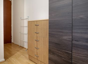 Thumbnail 3 bed shared accommodation to rent in New Goulston Street, London