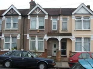 Thumbnail 2 bed flat to rent in Woodlands Road, Southall