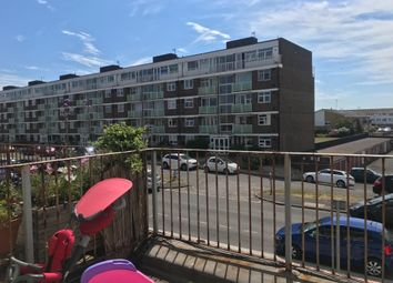 2 bed flat to rent in Ferry Road, Shoreham-By-Sea BN43