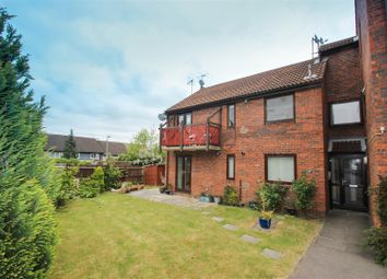 Thumbnail 1 bed flat for sale in Ashfield Avenue, Bushey