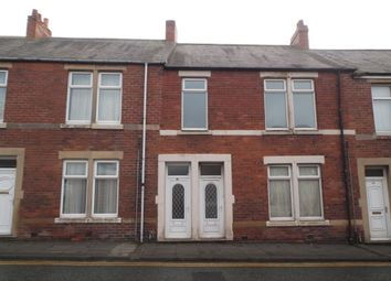 Thumbnail 2 bedroom flat to rent in Derwent Street, Chopwell, Newcastle Upon Tyne
