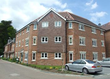Thumbnail 2 bed flat to rent in Willow Grange, Lockhart Road, Watford, Hertfordshire