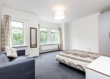 Thumbnail Room to rent in Palmers Road, Arnos Grove, London